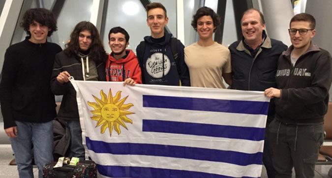 09cc5e2f Jóvenes estudiantes uruguayos de Educación Media –de instituciones públicas  y privadas- obtuvieron una mención de honor en la 58a Olimpiada  Internacional de ...