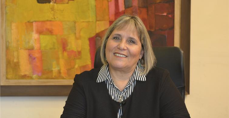 Elizabeth Ivaldi