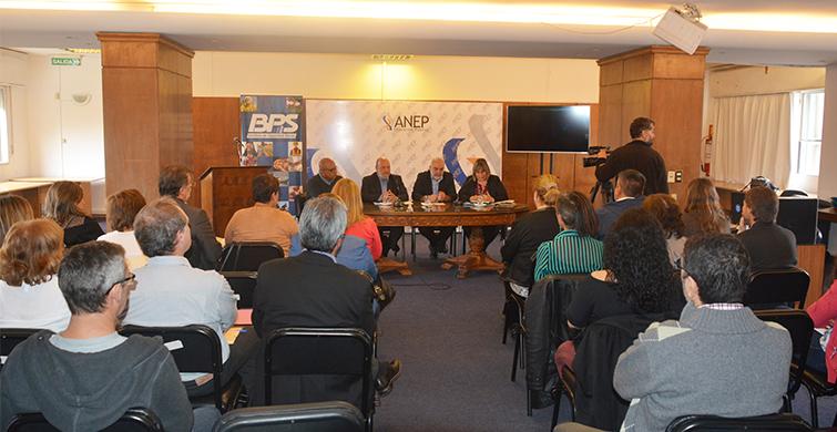 La ANEP profundizó políticas de promoción y prevención en salud laboral en la educación