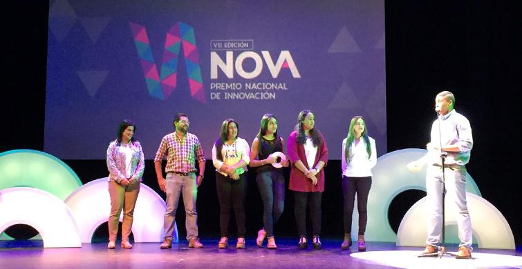 Liceo Toscas de Caraguatá y Escuela República Popular China recibieron sendos premios Nova