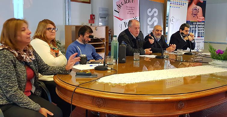 ANEP y MTSS reflexionaron con actores educativos sobre cultura del trabajo, desarrollo y derechos