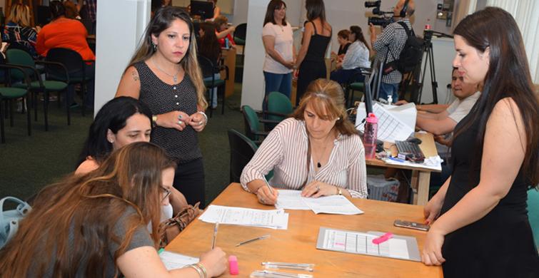 Consejo de Educación Inicial y Primaria regulariza 275 auxiliares de servicio