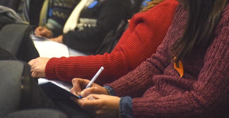 Referentes reflexionan sobre educación de jóvenes y adultos