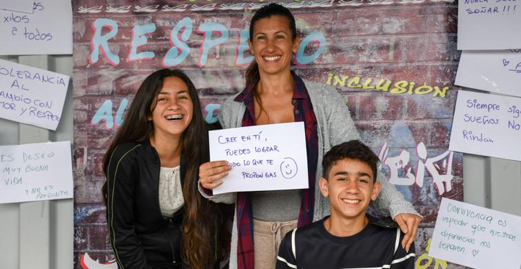 Primera cohorte de egresados del Centro Educativo Asociado de Carrasco Norte