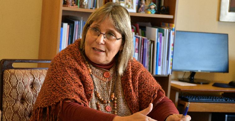 Personalizan estrategias para la continuidad educativa de madres y padres jóvenes