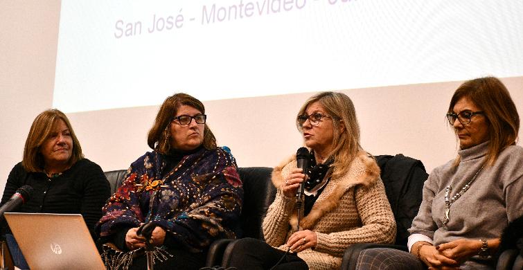 Intercambio entre referentes de protección de trayectorias educativas de Montevideo