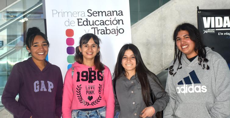 Cine reflexivo para estudiantes durante la Primera Semana de Educación y Trabajo