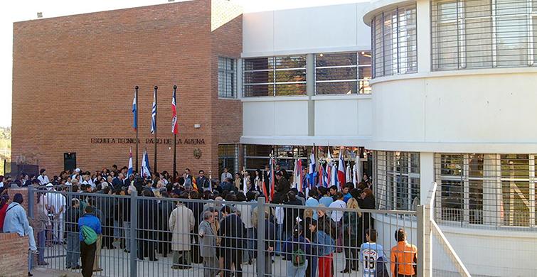 Mención especial de la UNESCO para Escuela Técnica Paso de la Arena