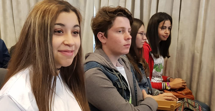 La pedagogía del aprendizaje y servicio solidario motivó encuentro de docentes y estudiantes