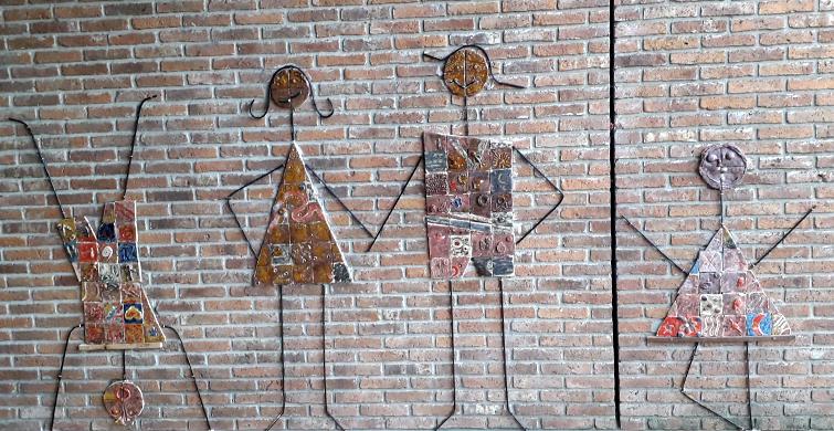 Edificio del Liceo Nº 6 de Paysandú luce obras artísticas realizadas porestudiantes