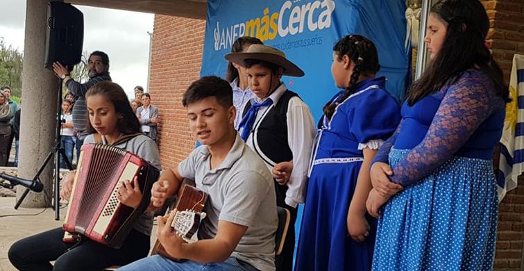 La ANEP inauguró en Artigas nuevo local del Liceo Rural de Bernabé Rivera