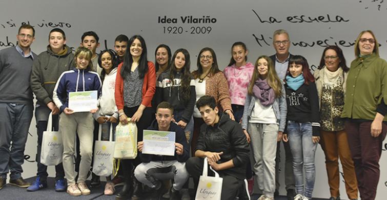 """Liceales de distintos puntos del país premiados en """"Ideas que viajan"""""""