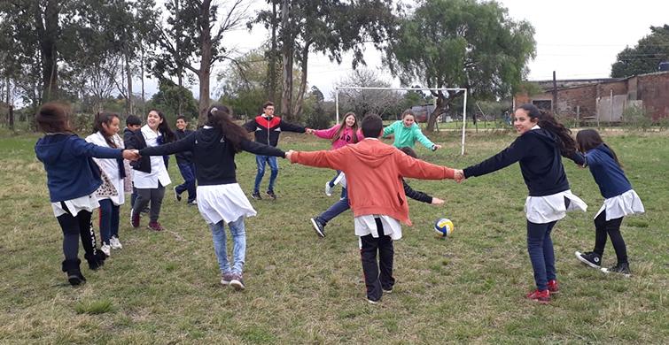 La escuela Agraria de Melchora recibió a escolares de Paysandú