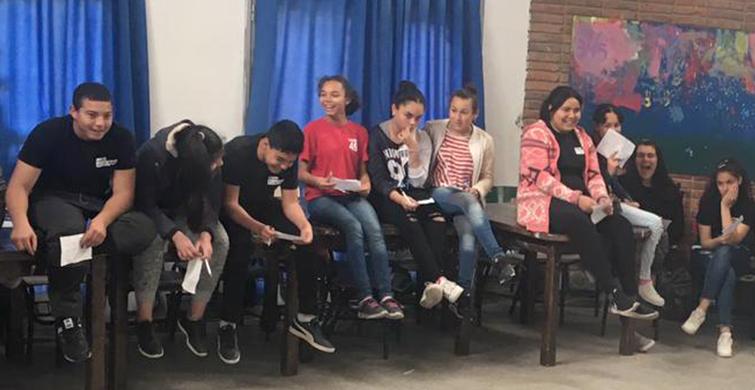 Consolidando la identidad barrial desde la educaciónen Camino Maldonado