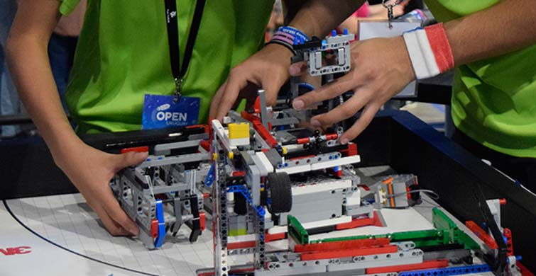 Se viene la Olimpíada de Robótica, Programación y Videojuegos