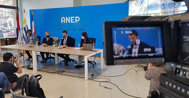 ANEP convoca a docentes de Primaria y Media a realizar curso de ciudadanía digital