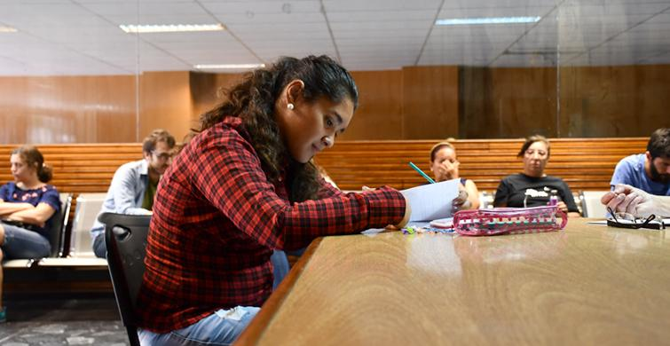 Pruebas de acreditación de saberes para jóvenesy adultos garantizan el derecho a la educación