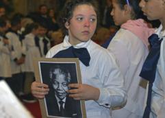 Educación pública se sumó a homenaje a Mandela