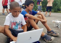Estudiantes de UTU enseñan informática y robótica a niños y adolescentes de contextos vulnerables